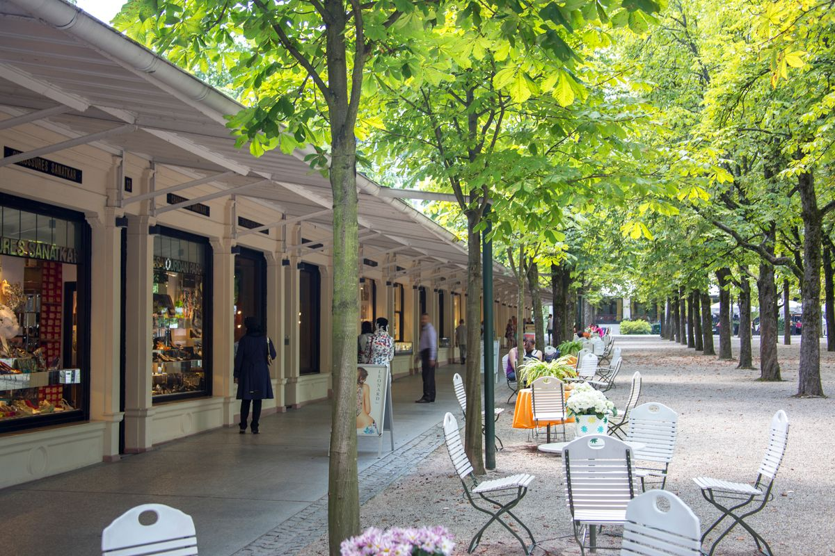Shopping in den Kolonnaden in Baden-Baden